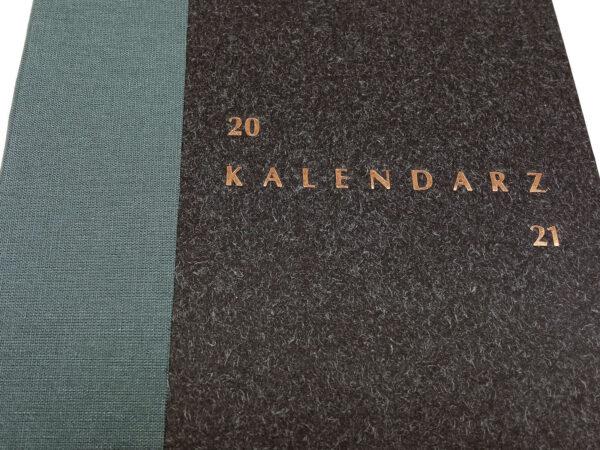 Kalendarz 2021 - czarny tłoczenie