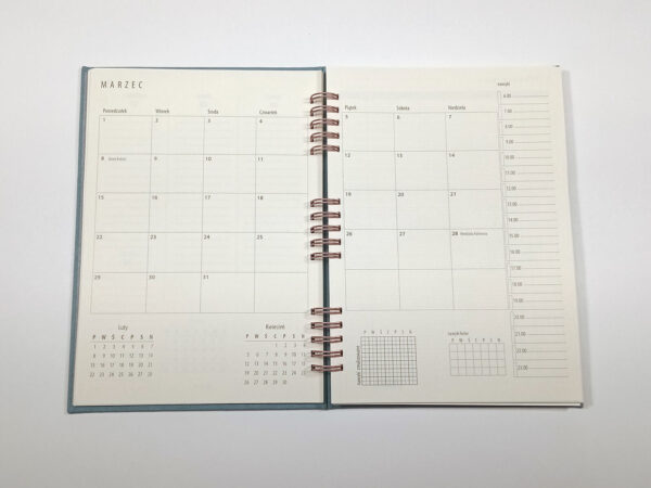 Kołokalendarz 2021 - niebieski otwarty