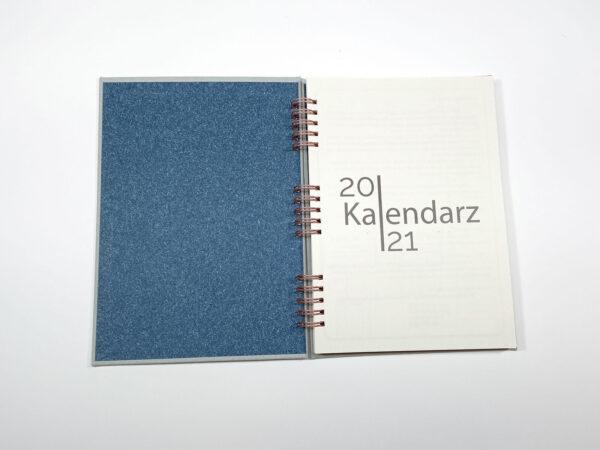 Kołokalendarz 2021 - szary otwarty