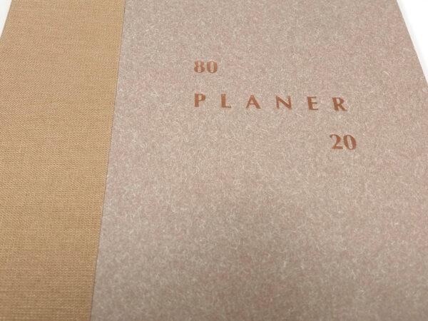Planer bezterminowy 80/20 - piaskowy tłoczenie
